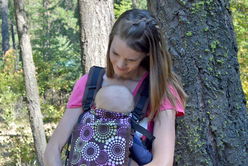 Babywearing mommy and silky smooth hair tips - Mommy Scene
