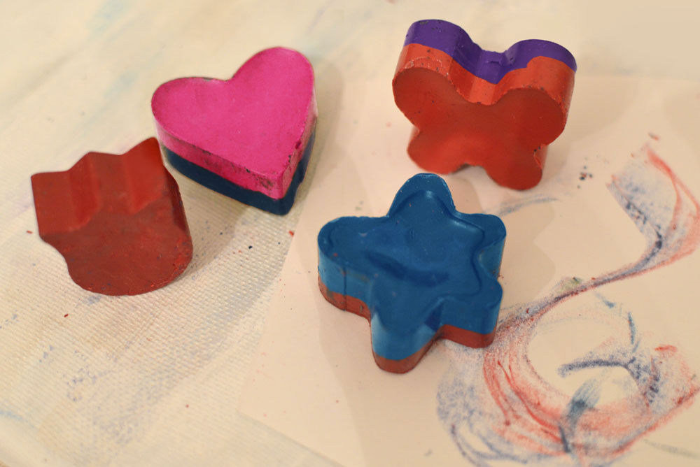 Homemade Melted Crayon Shapes - Mommy Scene review