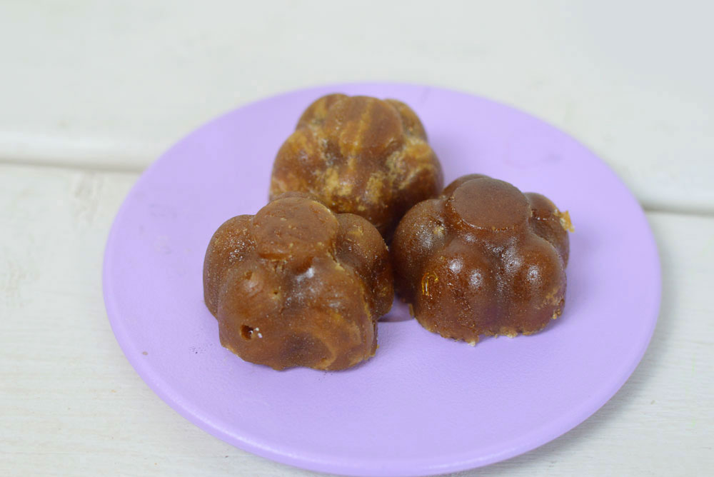 Fun DIY Maple Syrup Candy activity - Mommy Scene