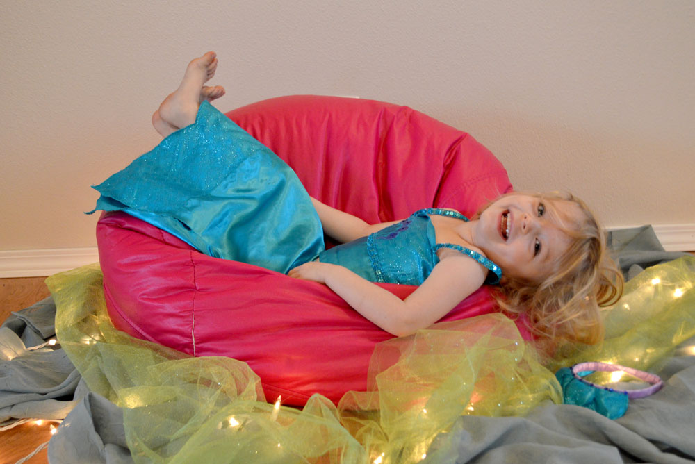 Girl dressed up as a mermaid - Mommy Scene