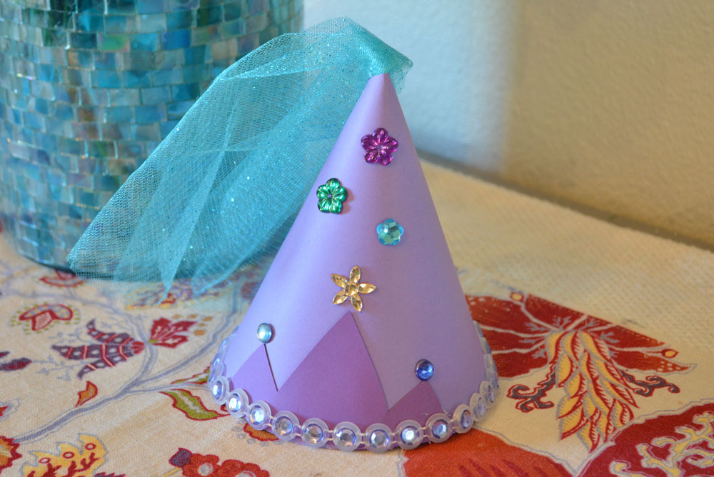 DIY Party Hat Cute Kid's Craft - Mommy Scene