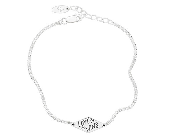 "Spoken by Chamilia ""Love Wins"" Soft ID Bracelet - Mommy Scene Holiday Gift Guide"