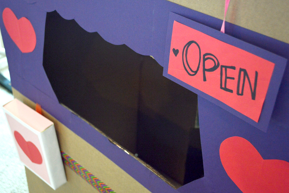 Valentine's Day post office kids project - Mommy Scene